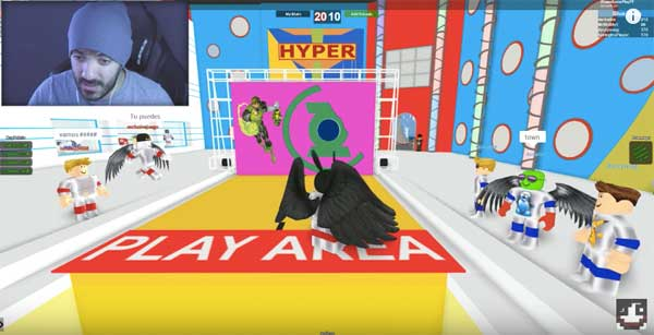 "Juega GRATIS a ROBLOX: Hole in the Wall"" class="